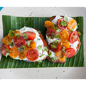 Heirloom Tomato & Ricotta Bruschetta
